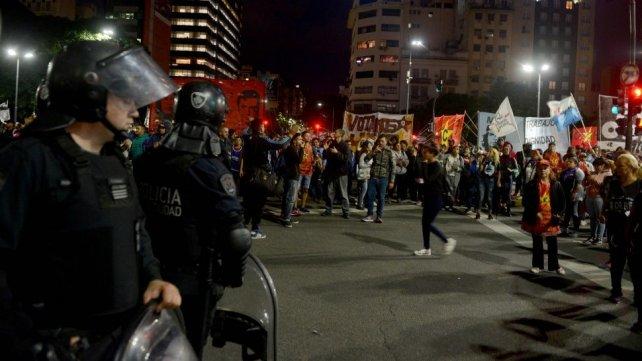 ENFRENTAMIENTOS   protesta en Desarrollo Social