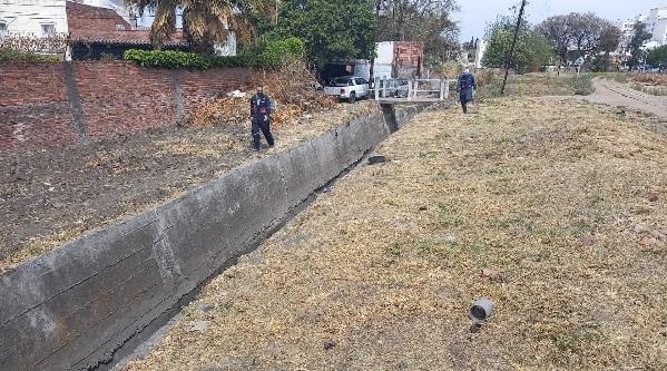Tareas de saneamiento: el 85 % de los canales pluviales ya fueron acondicionados