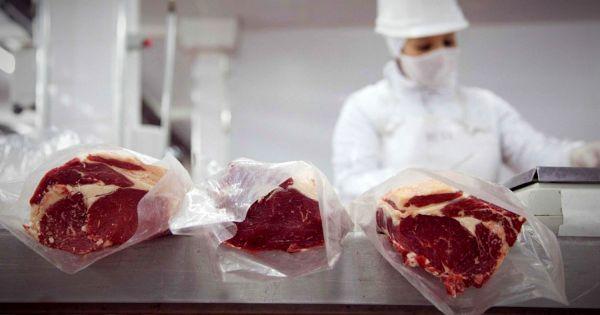 Nación anuncia un nuevo Plan Ganadero y un nuevo esquema exportador de carne