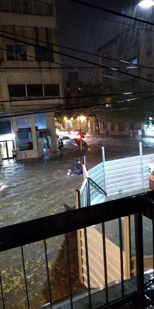 Las calles del centro totalmente inundadas